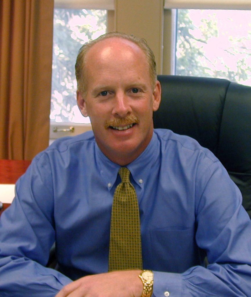 Dr. Glen Miles Called as Senior Minister